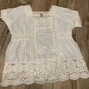 Johnny Was delicate lace white top L